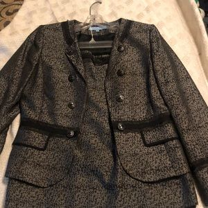 GORGEOUS Antonio Melani Suit Skirt & Jacket